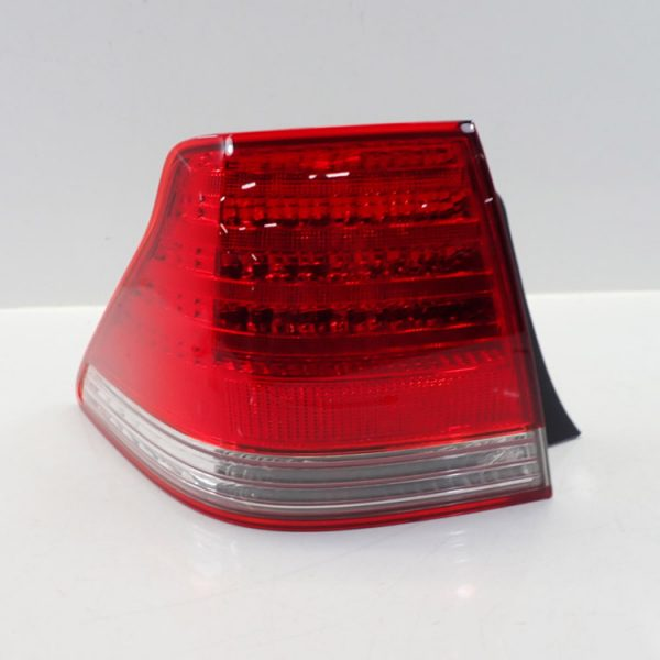 Tail Light Left Crown 2005 TO 2010 (81561-30B30)